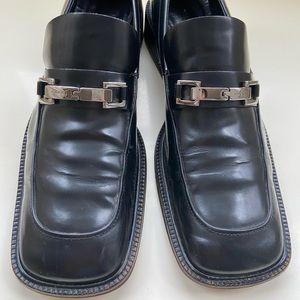 Authentic women's Gucci Shoes